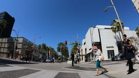 驾驶在圈地驱动在贝弗莉山庄-洛杉矶 r 股票录像