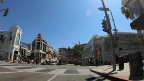 驾驶在圈地驱动在贝弗莉山庄-洛杉矶 r 股票视频