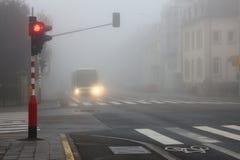 驾驶在恶劣天气 库存照片