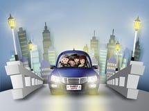 驾驶在汽车的家庭 皇族释放例证