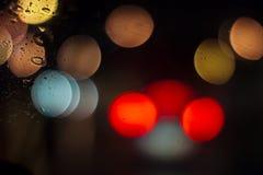 驾驶在雨下 库存图片