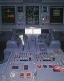驾驶舱巴西航空工业公司175 Belavia 免版税库存图片