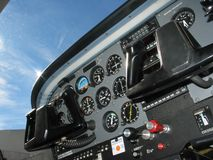 驾驶舱控制 库存照片