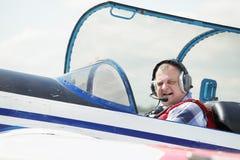 驾驶舱飞行员 免版税图库摄影