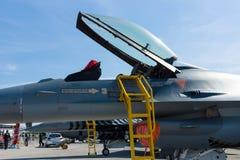 驾驶舱洛克西德・马丁F-16,土耳其语空军队 库存照片