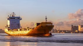 驾驶船驾驶货船到暹罗湾 股票录像
