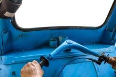 驾驶蓝色三轮车tuk-tuk 免版税图库摄影