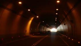 驾驶通过隧道, POV 股票录像