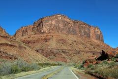 驾驶风景路128 免版税图库摄影