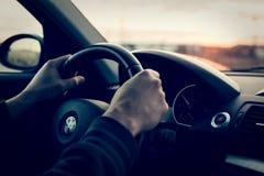 驾驶BMW 1er 免版税库存图片