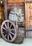 驿马车的桶和轮子 免版税图库摄影