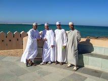 骄傲的阿拉伯男性人姿势 免版税库存照片