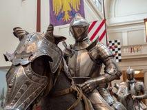 骑士时装模特和在第15铈报道的马模型 免版税库存图片