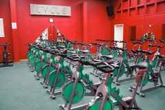 骑自行车健身空转 免版税库存照片
