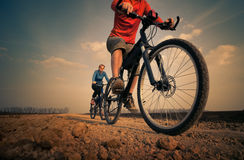 骑自行车放松 免版税图库摄影