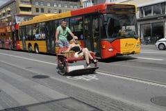 骑自行车的人在丹麦 免版税库存图片