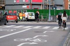 骑自行车的人在哥本哈根 免版税库存图片
