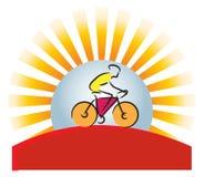 骑自行车的人徽标山 库存照片