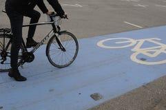 骑自行车的人车道 免版税图库摄影