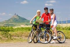 骑自行车的人 图库摄影