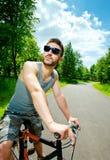 骑自行车者人年轻人 图库摄影