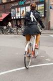 骑自行车者在Strabourg,阿尔萨斯,法国的中心 免版税图库摄影
