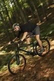 骑自行车者极端mtb 免版税库存照片