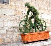骑自行车者的被雕刻的图 库存图片