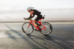 骑自行车者,三项全能 库存照片