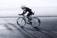 骑自行车者,三项全能 图库摄影