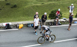 骑自行车者彻尔de Peyresourde -环法自行车赛的汤姆Dumoulin 图库摄影