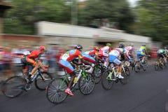 骑自行车者competition_Motion 免版税库存照片