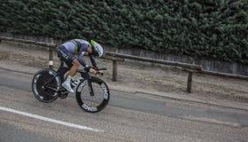 骑自行车者Youcef Reguigui - Criterium du杜法因呢2017年 库存图片