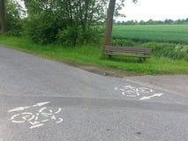 骑自行车路径 免版税图库摄影