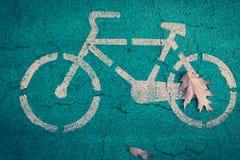 骑自行车路标 免版税库存照片