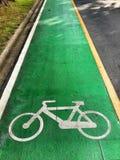 骑自行车路 免版税库存图片