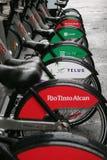 骑自行车bixi 免版税库存图片