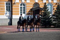骑马卫兵在莫斯科克里姆林宫,俄罗斯 免版税库存照片