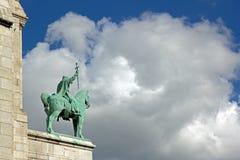 骑马雕象圣路易斯, H.勒菲弗尔(1863/1935);Sacré蒙马特Coeur  图库摄影