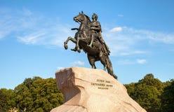 骑马雕象彼得大帝(古铜色御马者) 库存图片