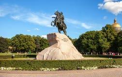 骑马雕象彼得大帝(古铜色御马者) 库存照片