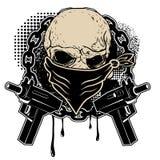 头骨和两把手枪 免版税库存图片