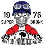 头骨摩托车纽约赛跑的人T恤杉图形设计 库存图片