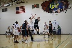 高中篮球比赛 图库摄影