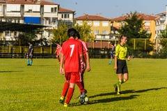 高中英格兰足球联赛比赛 免版税库存照片