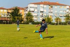 高中英格兰足球联赛比赛 免版税图库摄影