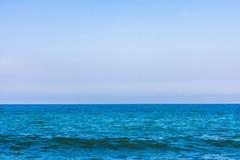 高分辨率大海和天空 免版税图库摄影