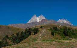 高加索在乔治亚 美丽的横向山 Svaneti 图库摄影