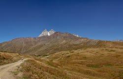 高加索在乔治亚 美丽的横向山 Svaneti 库存图片