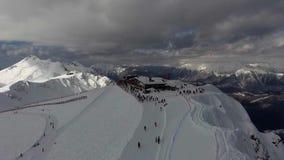 高加索山脉空中风景视图在索契滑雪场,俄罗斯的冬天 影视素材